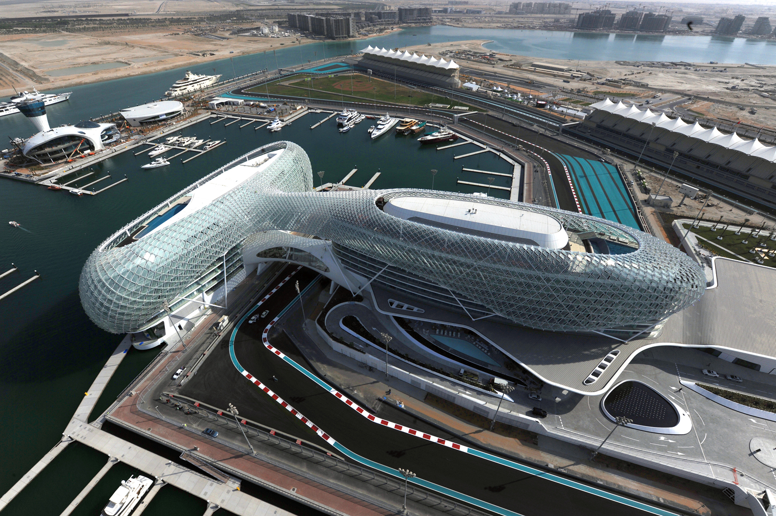 yas marina is venue for 2014 formula 1 etihad airways abu dhabi grand prix the howorths the. Black Bedroom Furniture Sets. Home Design Ideas