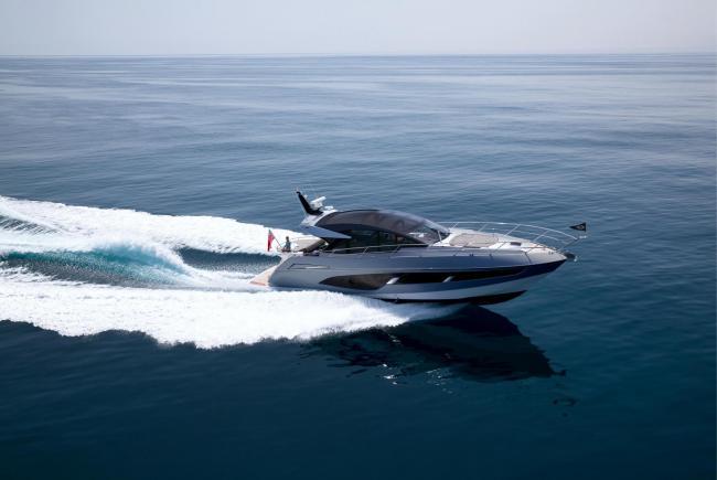 At last year's Southampton International Boat Show, Sunseeker unveiled its Predator 60 EVO.