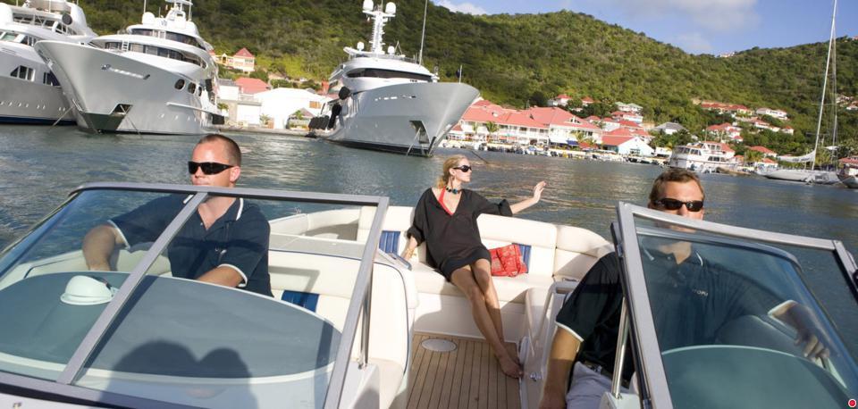 Superyacht tender dearting St Barts