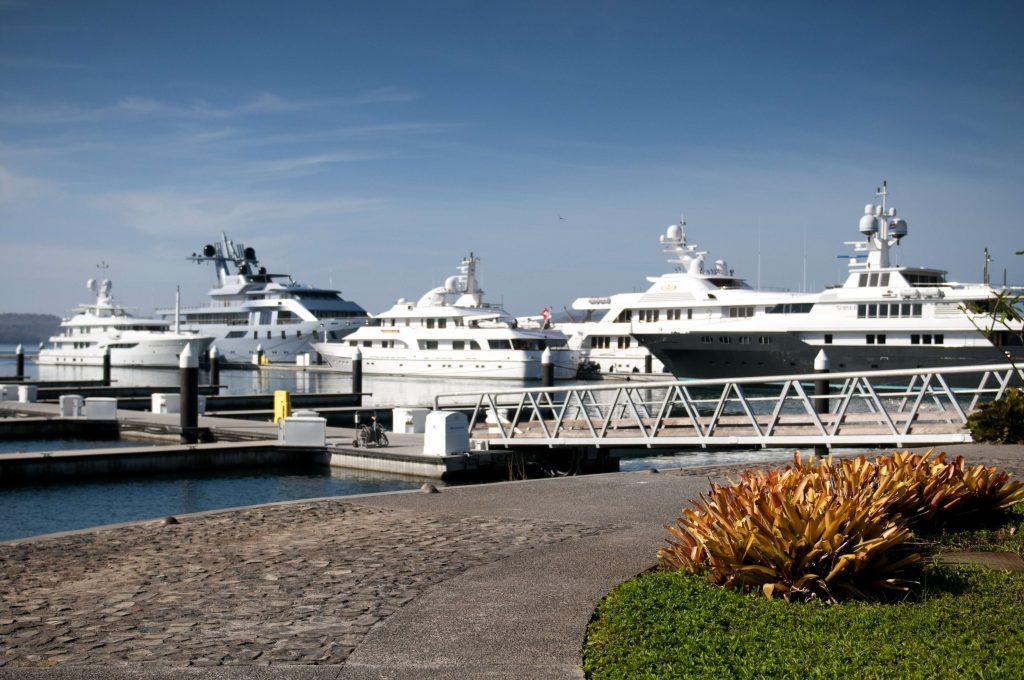 """five full-service marinas on the Pacific Coast make Costa Rica the ideal new hotspot for luxury chartering."""""""