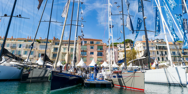 Who owns the right to host the Cannes Yachting Festival ?