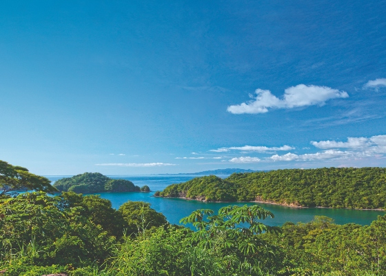 With coastlines on both the Atlantic and Pacific Oceans, Costa Rica is becoming a a much more superyacht friendly nation.