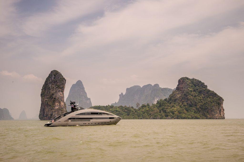 Ocean Emerald cruising in Thailand